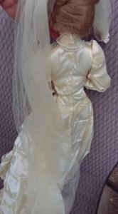Muñeca poseída fue vendida