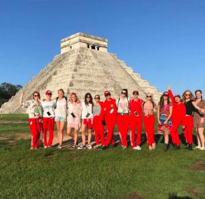 Cara Delevingne celebra su cumpleaños en México