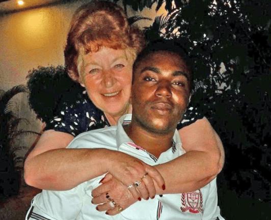 abuela de 72 se casa con joven de 27