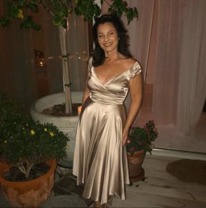 Así luce La Niñera a sus 60 años