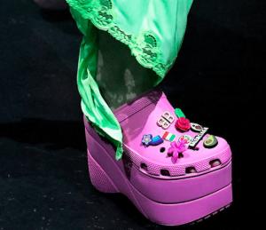 Crocs con plataforma