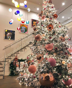 el árbol navideño de Kylie Jenner