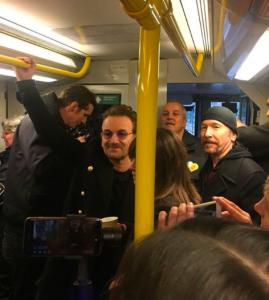 U2 dio un concierto en el metro