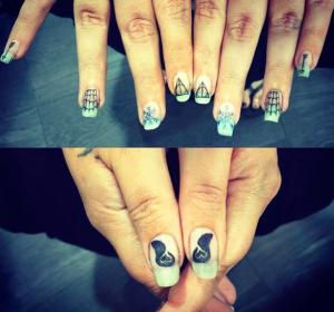tatuajes en las uñas
