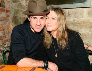 Jennifer Aniston se divorcia