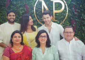 ceremonia de compromiso de Nick Jonas y Priyanka Chopra