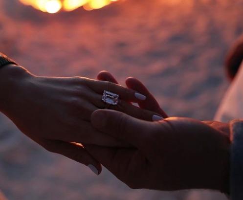 Jennifer López se comprometió