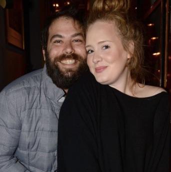 Adele anunció su divorcio