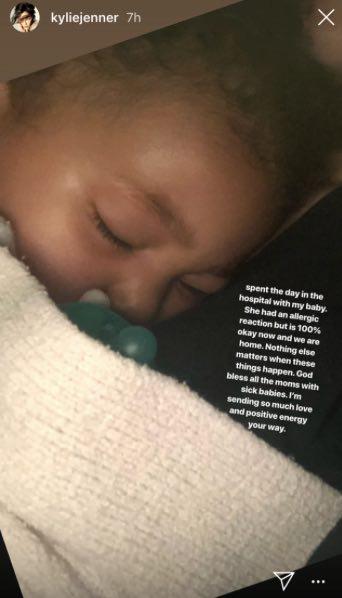 Stormi Webster estuvo hospitalizada